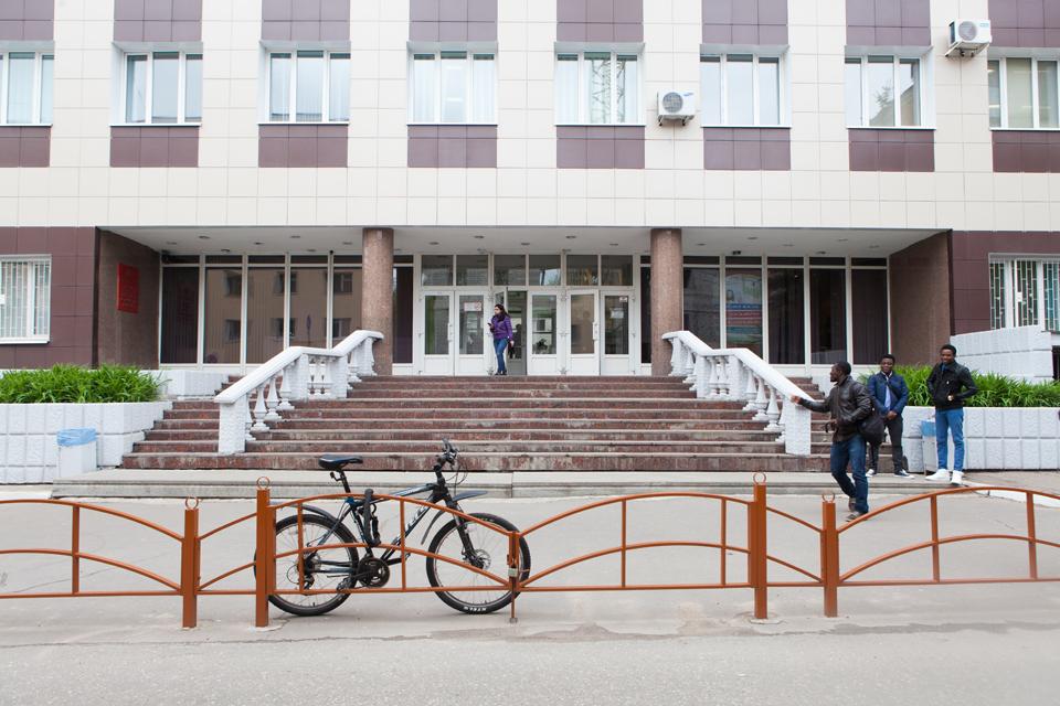 Девочку сашу жестко ебут пока нет никого дома в иркутске