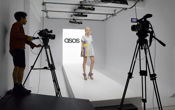 Святые одежды: Как ASOS делает из моды религию
