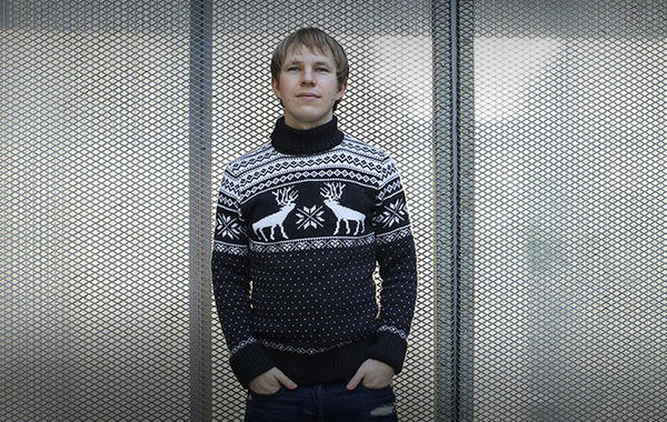 Свитер с оленями: Как интернет-магазин Deerz стал швейной фабрикой