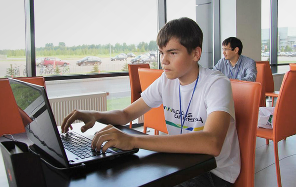 Как школьник Денис Шелестов запустил инвестиционный фонд