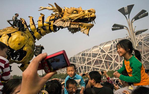 Дракон расправил плечи: Китайские компании скупают активы по всему миру