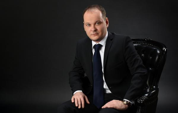 Антон Коновалов («Везёт всем»): «Мы убираем беспорядок на рынке»