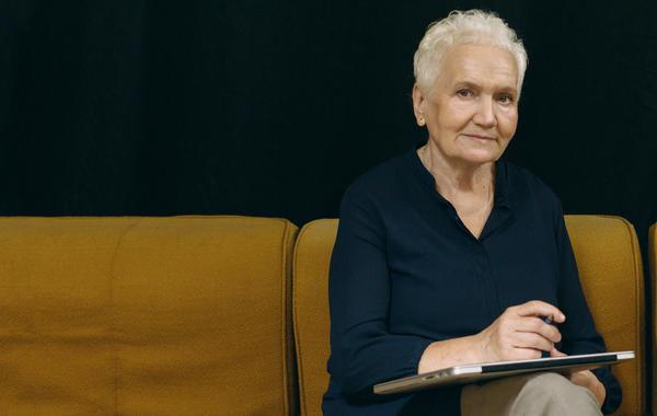Марина Евгеньевна, 71 год: Космос, церковь, агентство персонала «Нянюшка»