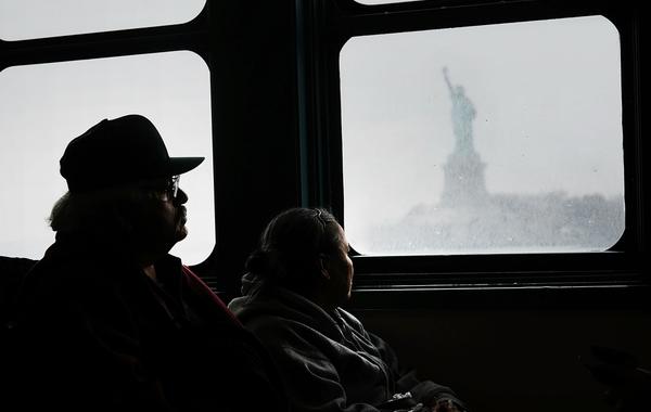 Америка для неамериканских: Почему бизнес защищает иммигрантов от Трампа