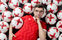 По большому счёту: Как Александр Иванский ищет игроков «Барселоне» и «Реалу»