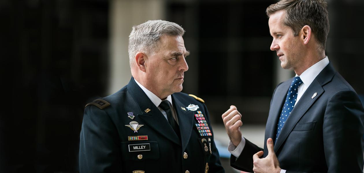 В США бум бизнес-инкубаторов для военных. Какие стартапы запускают ветераны?