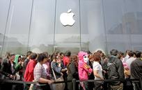 10 лет с начала продаж iPhone. Как смартфон Apple изменил мир