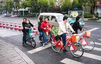 Оскал социализма: Как Китай заболел совместным потреблением