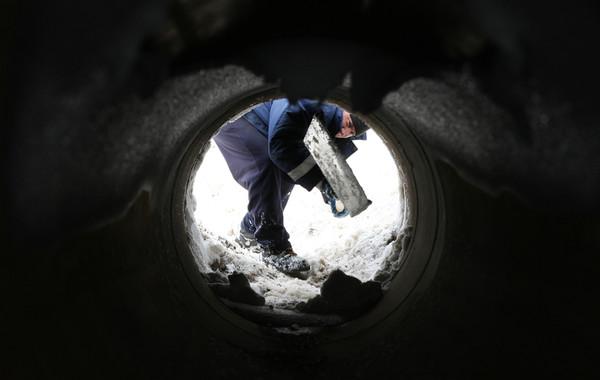 Евгений Крятенко: «10 лет работал на себя, но кризис заставил стать дворником»