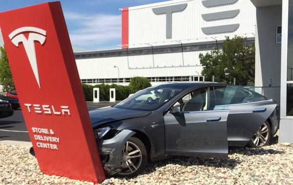 У 90% новых автомобилей Tesla есть дефекты