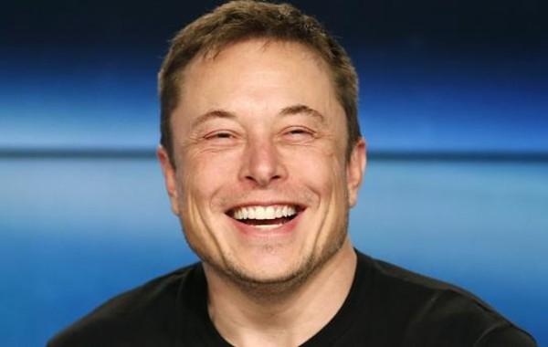 Илон Маск удалил свою страницу в Facebook и группы всех своих проектов