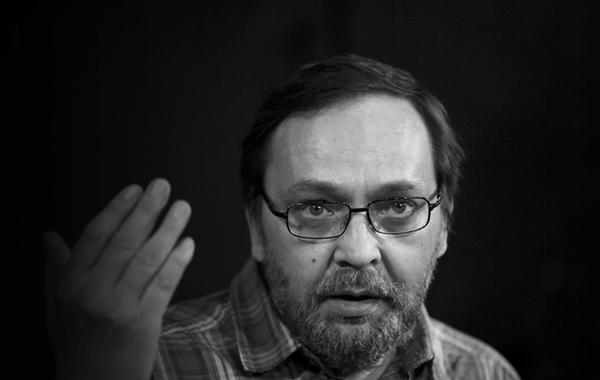 «Надо бить в одну точку. Выбрал — бей»: Последнее интервью Михаила Угарова
