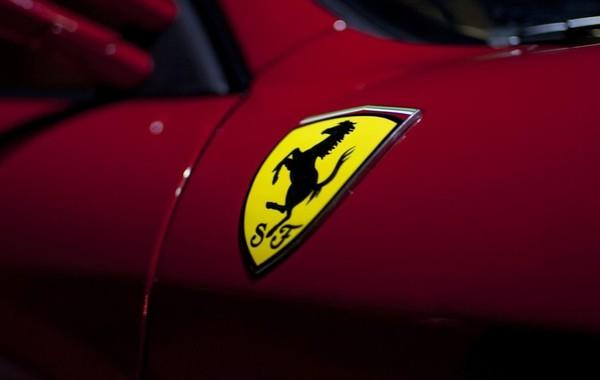 Ferrari испытывает электросуперкар