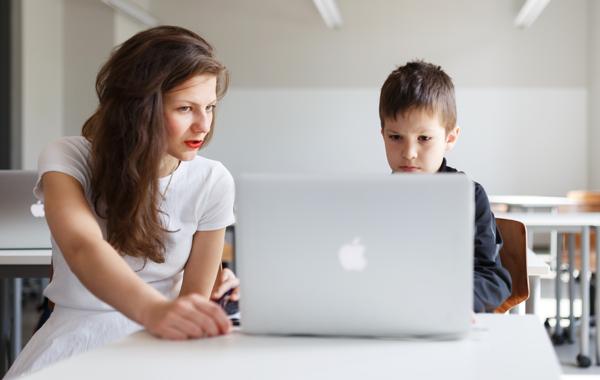 Как Дарья Абрамова сделала «Кодабру» — главную детскую школу программирования