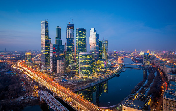 Названа минимальная зарплата представителя среднего класса в Москве