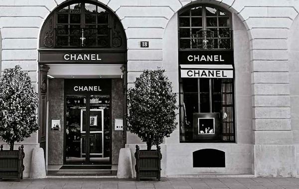 Дом моды Chanel рассказал о доходах впервые в истории. Он может провести IPO