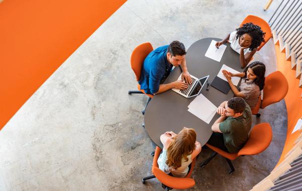 В переговорке на высшем уровне: Как повысить эффективность совещаний