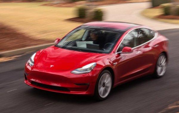 Tesla решила уйти с биржи