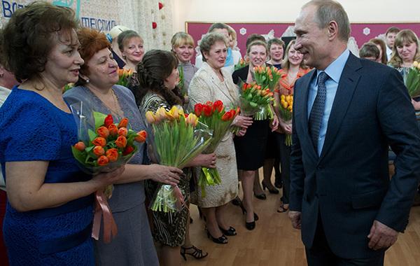 Путин смягчил пенсионную реформу для женщин