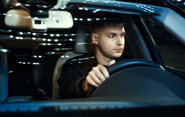 Как стартап WayRay Виталия Пономарёва делает дополненную реальность для машин