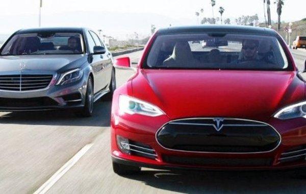 Tesla обошла Mercedes-Benz по продажам в США. Скоро догонит BMW
