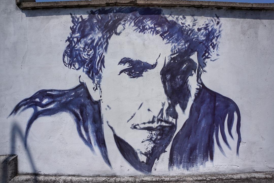 Боб Дилан продал права на все свои песни. Сделку оценивают в $200300 млн