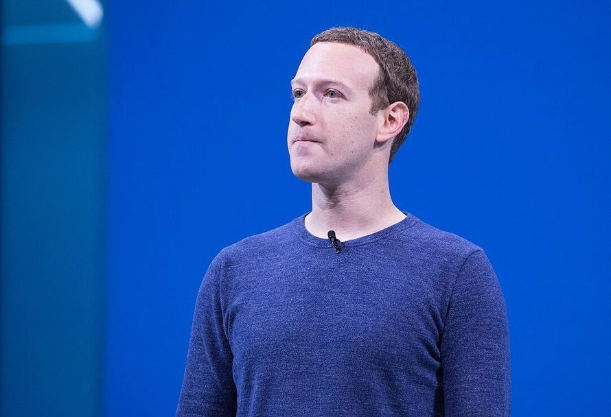 Основатели Amazon, Google и Facebook потеряли миллиарды долларов из-за давления властей США