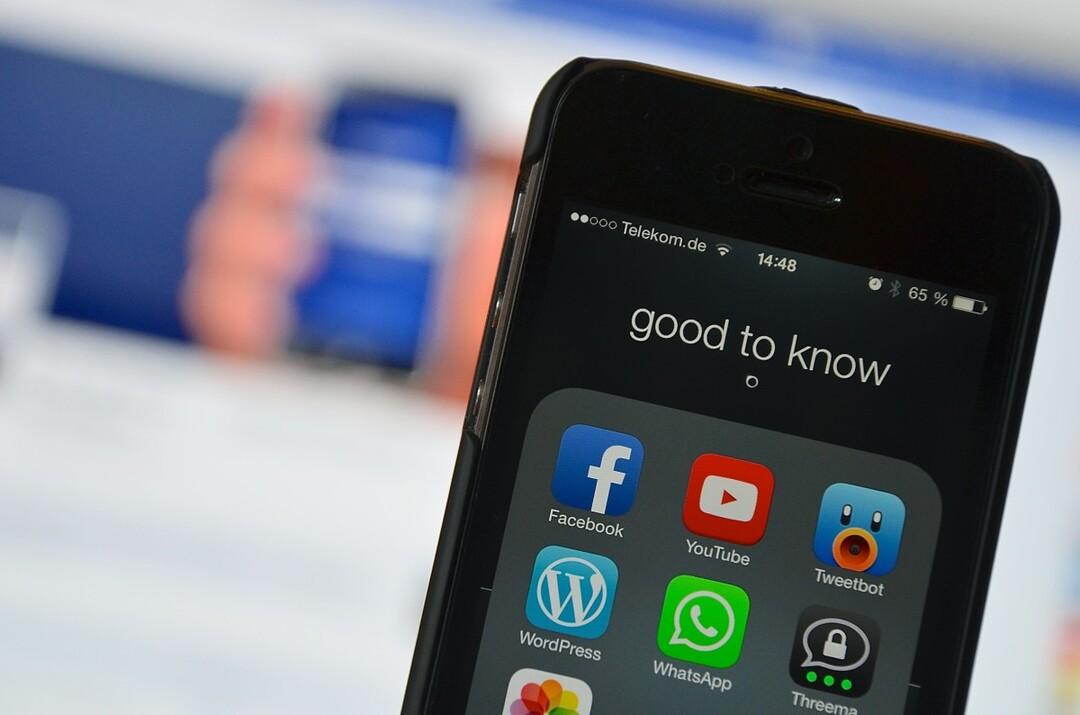 В работе YouTube, WhatsApp и Telegram произошёл сбой