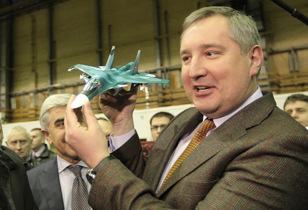 Рогозин пообещал отправить российскую ракету на Луну. Впервые за 45 лет