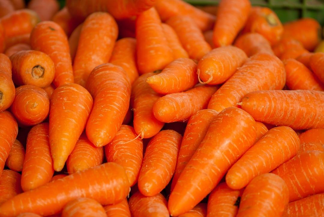 Британец выиграл 119 000 благодаря купленной в магазине моркови