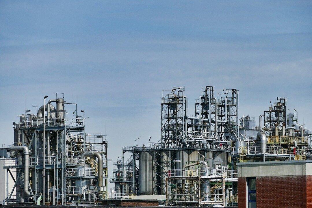 Цена нефти Brent превысила $61 за баррель