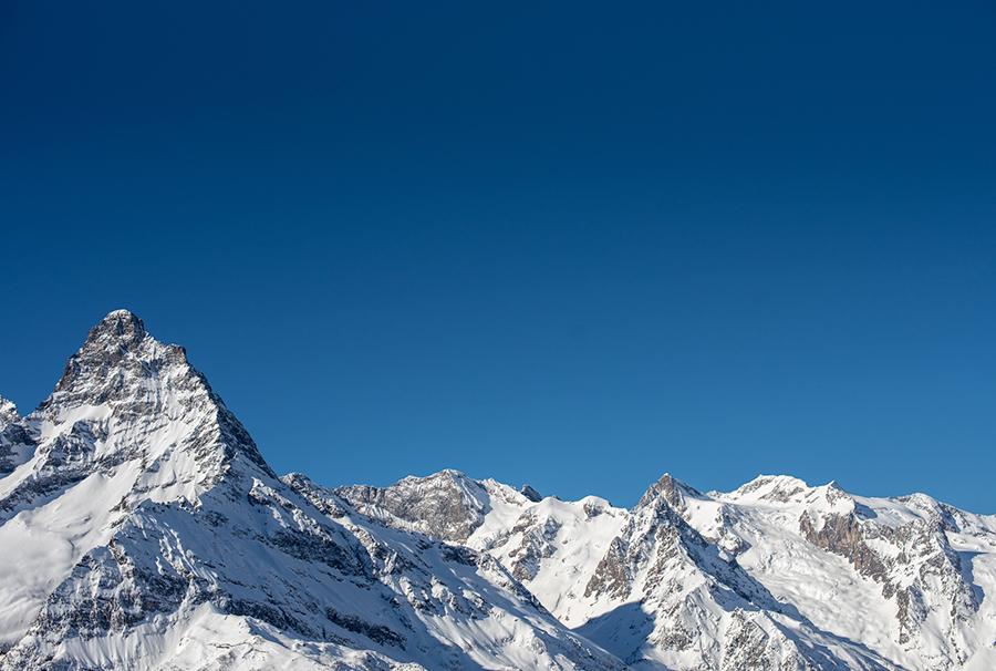 Пик спроса. Россияне массово отправились на российские горнолыжные курорты