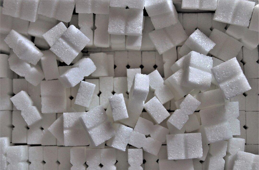 В России резко снизилось производство масла и сахара