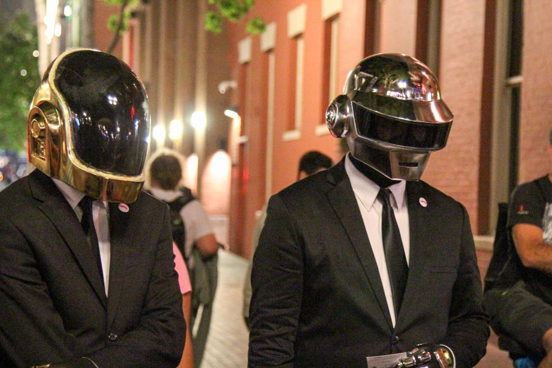 Продажи альбома Daft Punk взлетели на 8000% после распада группы