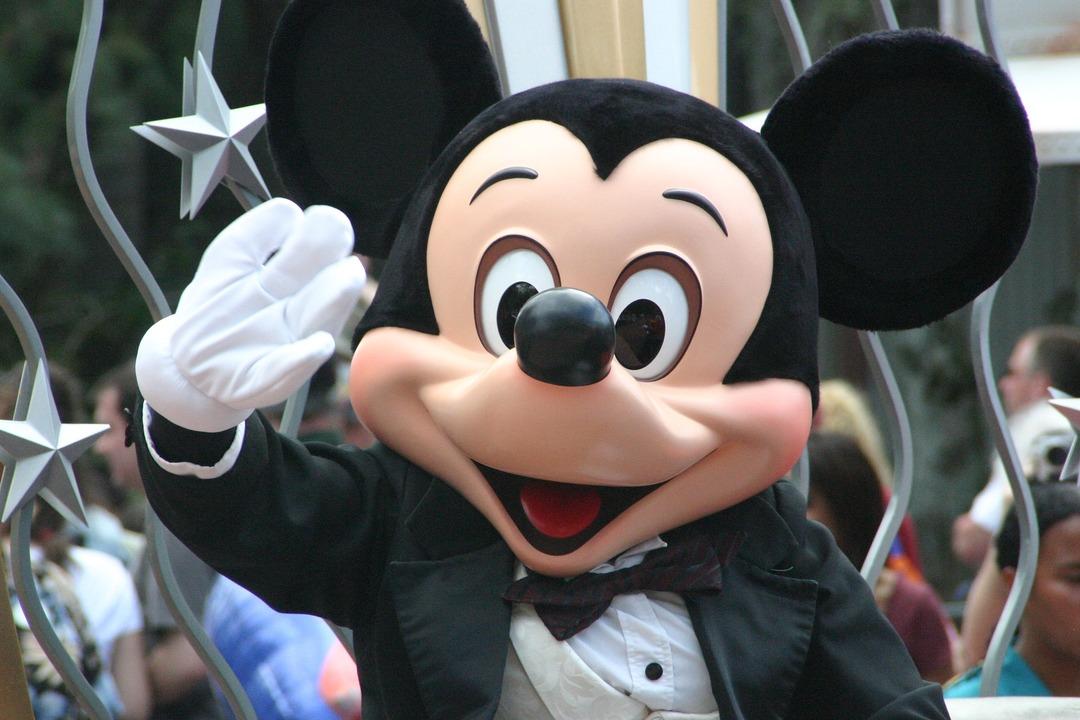 Walt Disney начнёт закрывать розничные магазины в Северной Америке