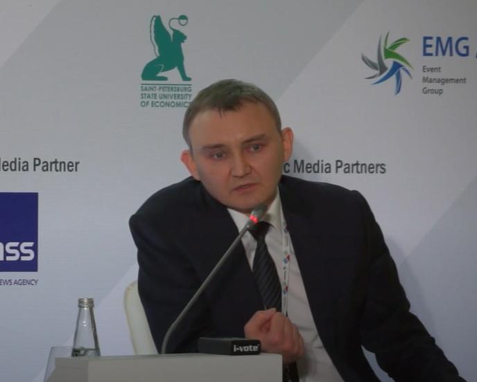 Российского банкира отправили в колонию за выдачу левых кредитов на 30 млрд рублей