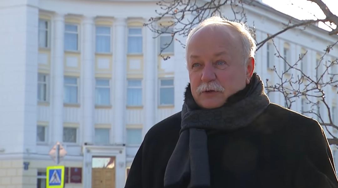 Российского экс-чиновника обвинили в растрате 17 млн рублей. Он ходил в рестораны за счёт бюджета