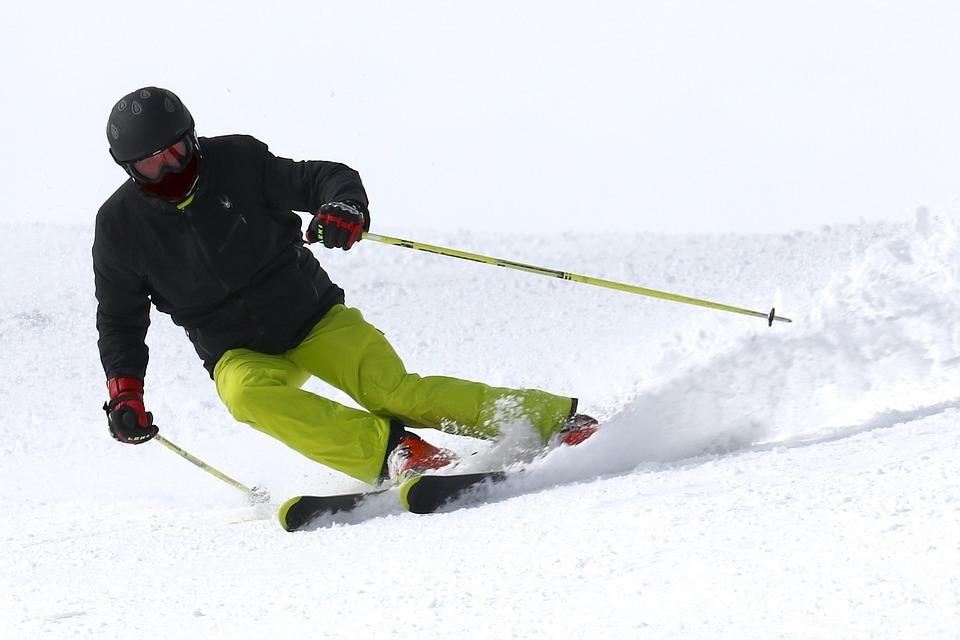 Из-за снежной зимы в России подскочили продажи спортивных товаров