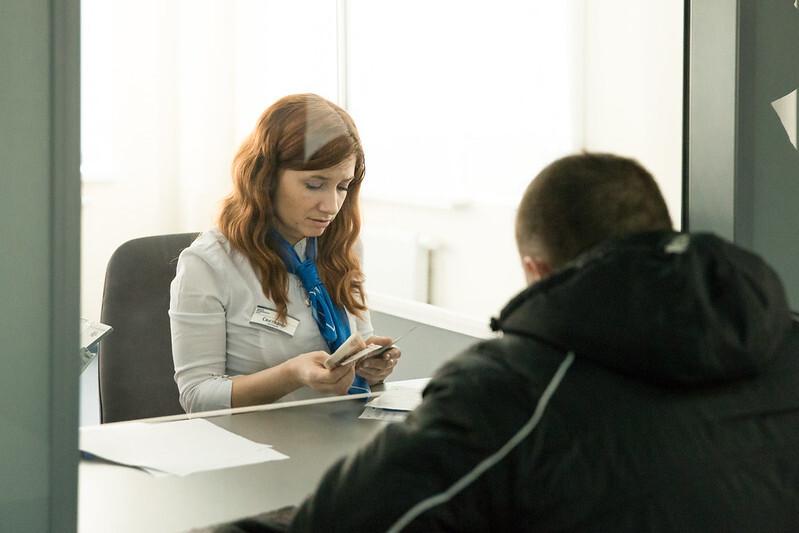 Трудовые мигранты обрушили рынок денежных переводов из России