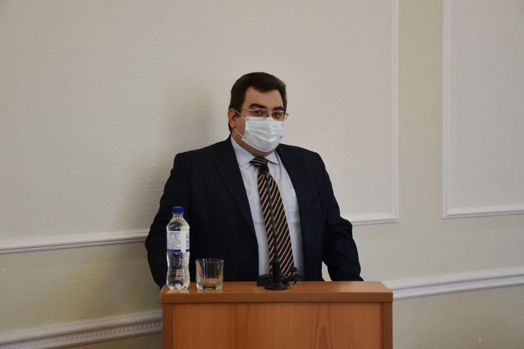 Российский чиновник не понял отказ людей работать за 15 тысяч рублей