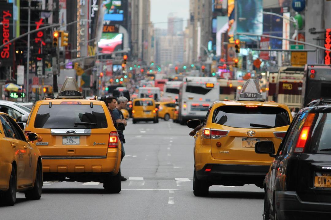 Конкурент Яндекс.Такси из Китая решил поскорее выйти на IPO. Его оценка может превысить $62 млрд