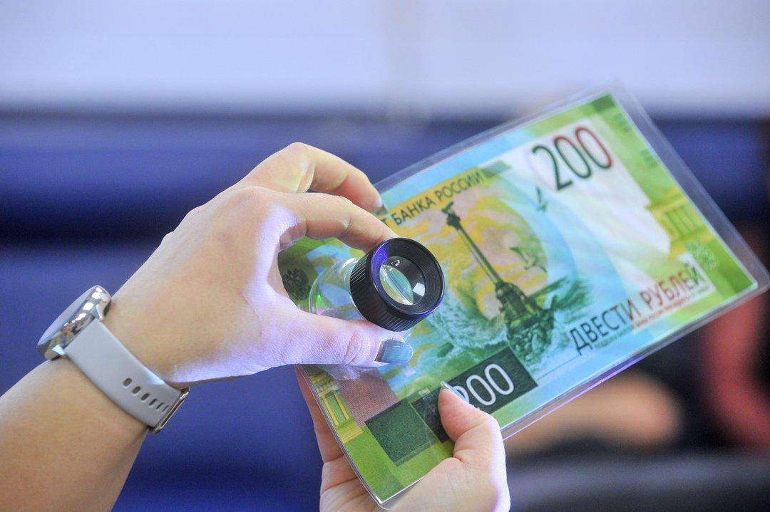 В российских банках заговорили о грядущем повышении ставок по кредитам и вкладам