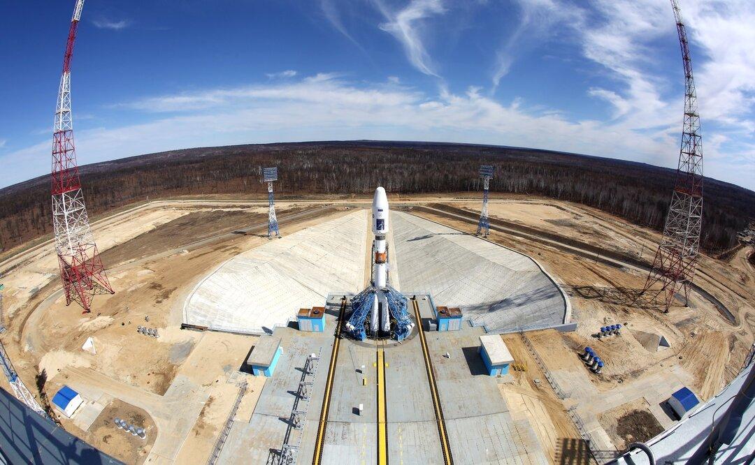 Российский чиновник задекларировал космический спутник в качестве транспортного средства