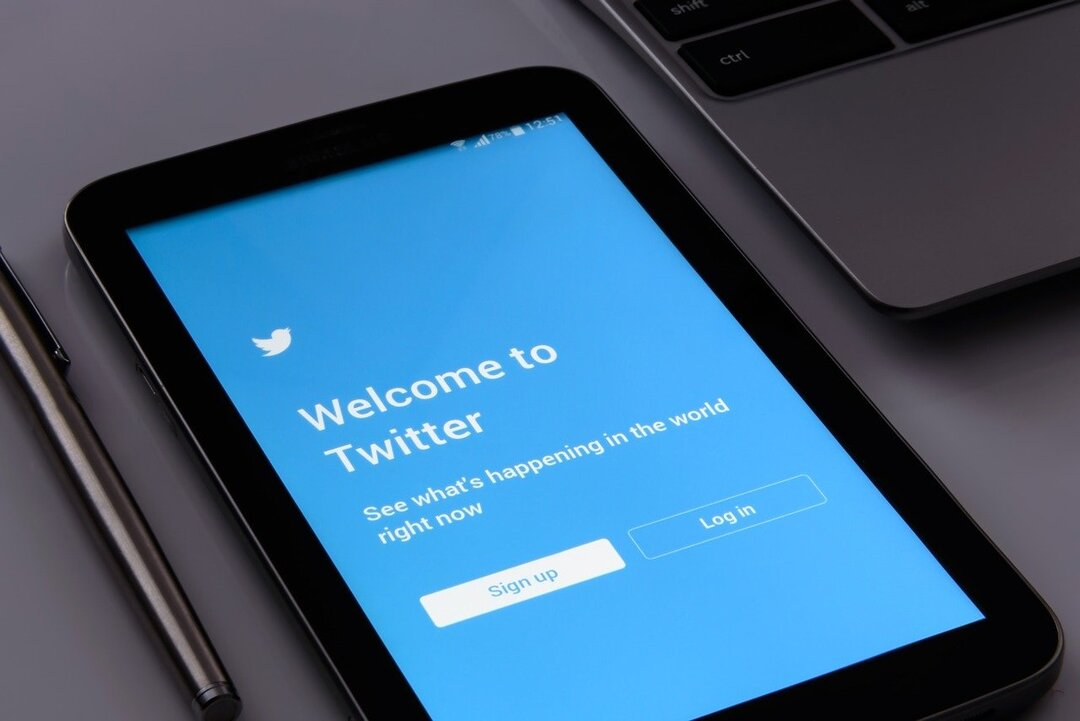 Twitter оштрафовали на 8,9 млн рублей за отказ удалять призывы к протестам