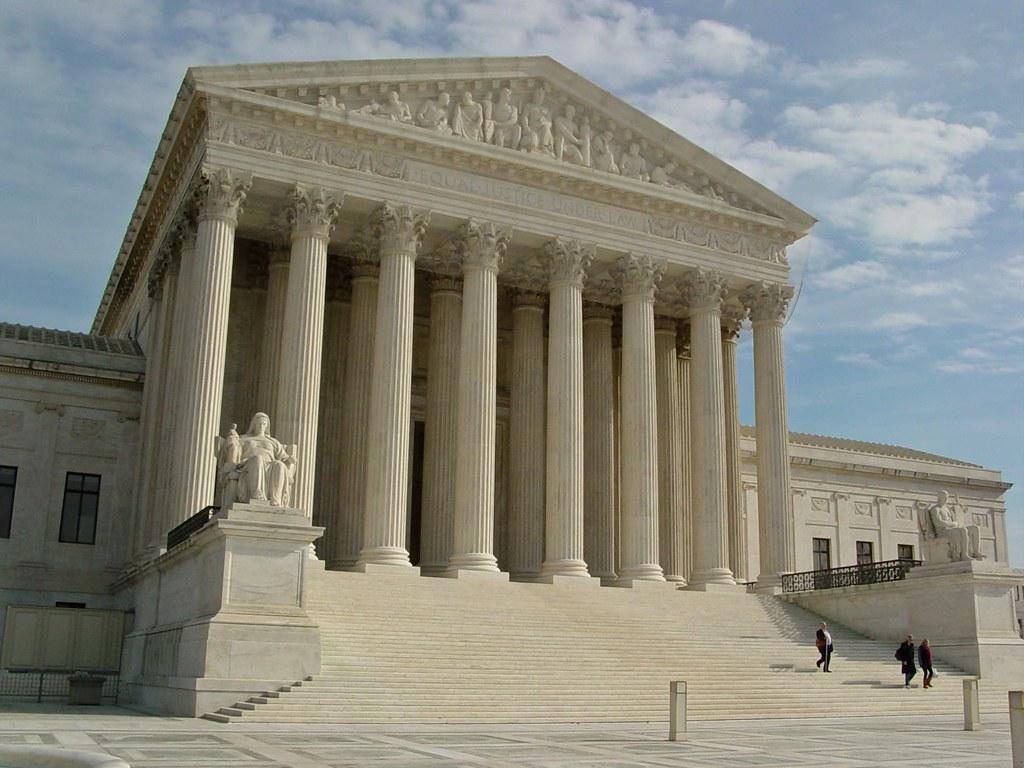 Суд поставил точку в десятилетнем споре Google и Oracle на $8 млрд