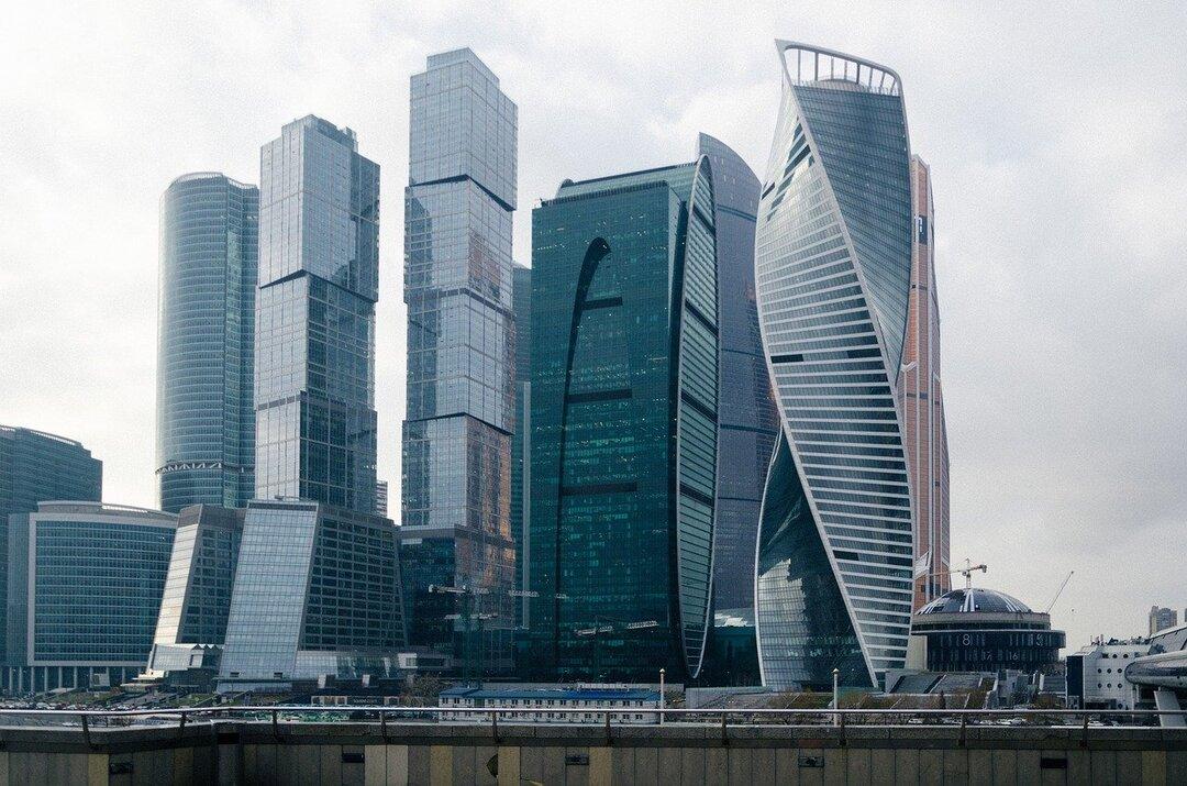 Телефонные мошенники из Москвы-Сити украли у инвесторов больше 300 млн рублей