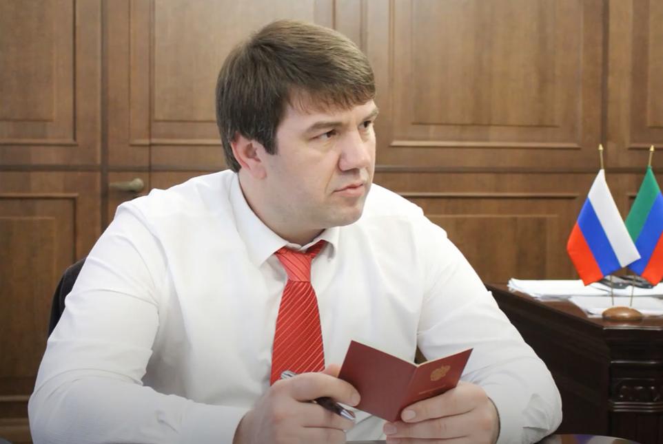 Дагестанского экс-министра обвинили в хищении 620 млн рублей через фиктивных работников