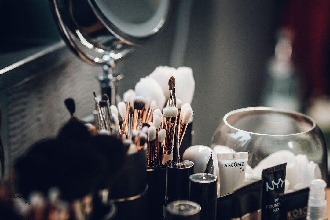 Владельцы парикмахерских и салонов красоты пожаловались на Яндекс из-за дискриминации