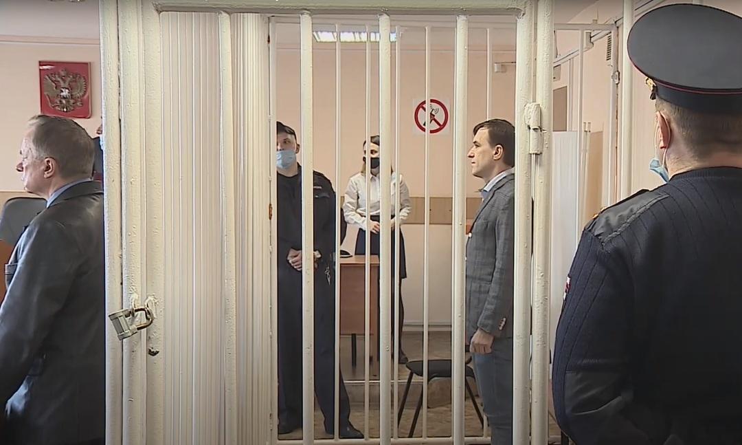 В России вынесли приговоры банде лжебанкиров. За 7 лет они обналичили 9 млрд рублей