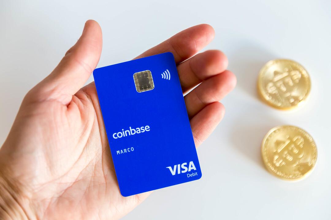 Капитализация криптобиржи Coinbase взлетела до $105 млрд